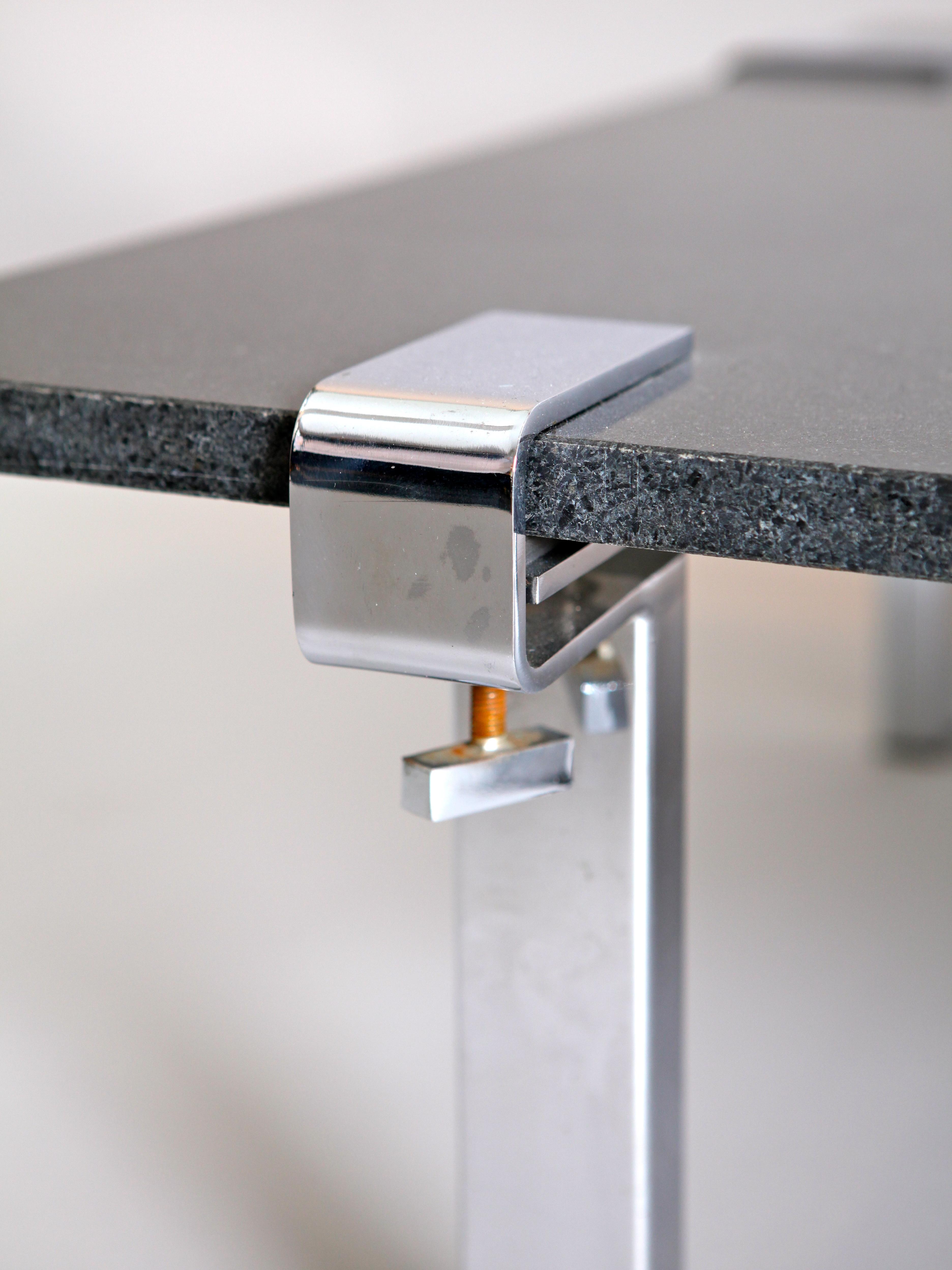 collection of design mobilier 1950 2000 vintage et contemporain table t9 serre joints de. Black Bedroom Furniture Sets. Home Design Ideas